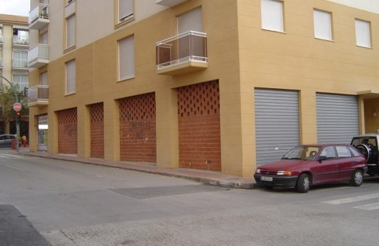 PRO682A<br>Great Local on Main Road of Javea