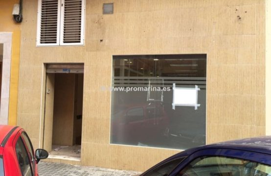 PRO941A  <br>Amplio Local Comercial en Casco Urbano