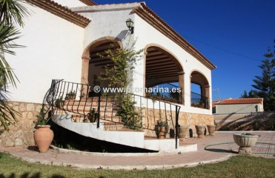 PRO311<br>Magnífica villa con vistas al Montgó