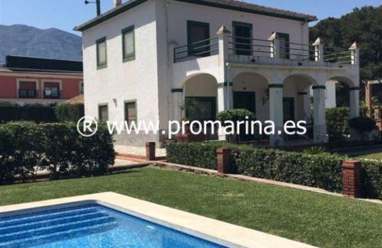PRO1293AV<br>Chalet Vacacional en Las Rotas &#8211&#x3B; Cerca del Mar